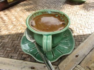 Kopi Luwak: il caffè prodotto con bacche ingerite e defecate dallo zibetto. Bali, Indonesia